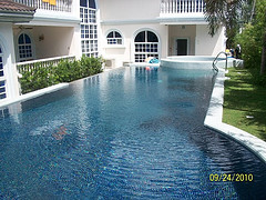 swimming pool contractors philippines